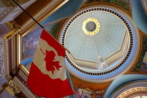 Políticas Importantes Relacionadas con Visas Canadienses para Visitantes e Inmigrantes