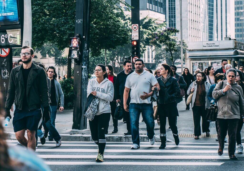 Informe Dice que el 26% de las Personas que Trabajan en Canadá son Inmigrantes